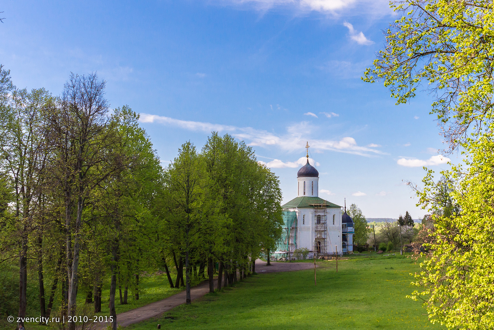 «Усадебный экспресс» прибывает в Звенигород