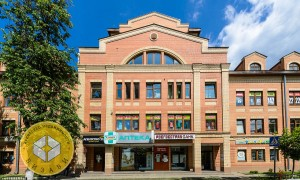 5к квартира, Комарова 13, этаж 2