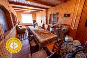 Шарапово, дом 400 м², участок 20 соток