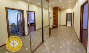 2к квартира, Комарова 17, этаж 4