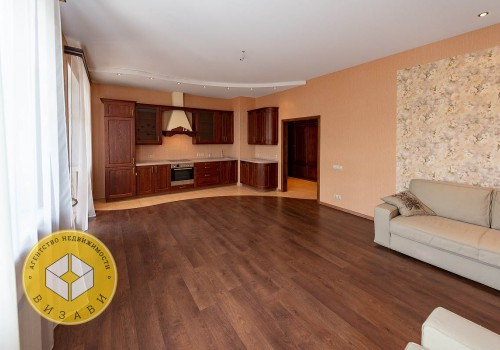 1к квартира, Комарова 13, этаж 3