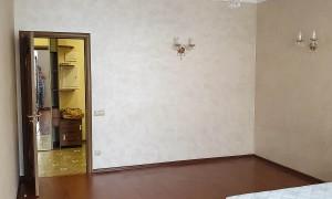 2к квартира, Комарова 17, этаж 2