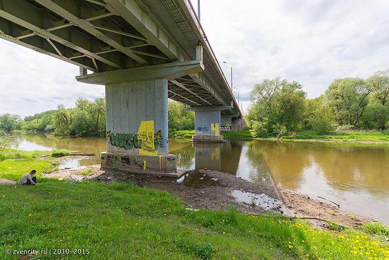 Фоторепортаж из-под моста