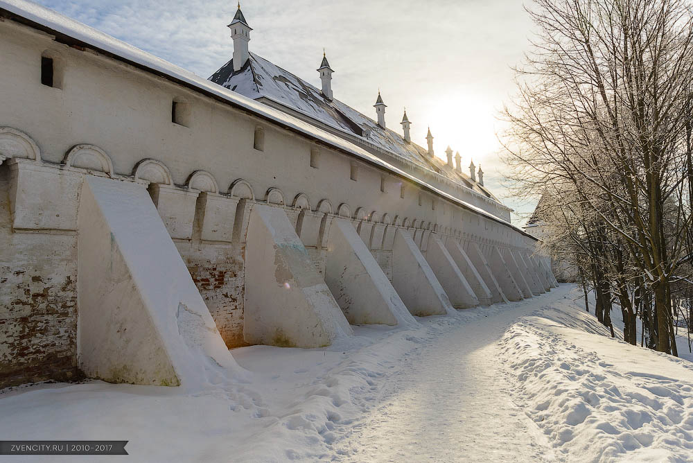 Свежий взгляд на монастырь