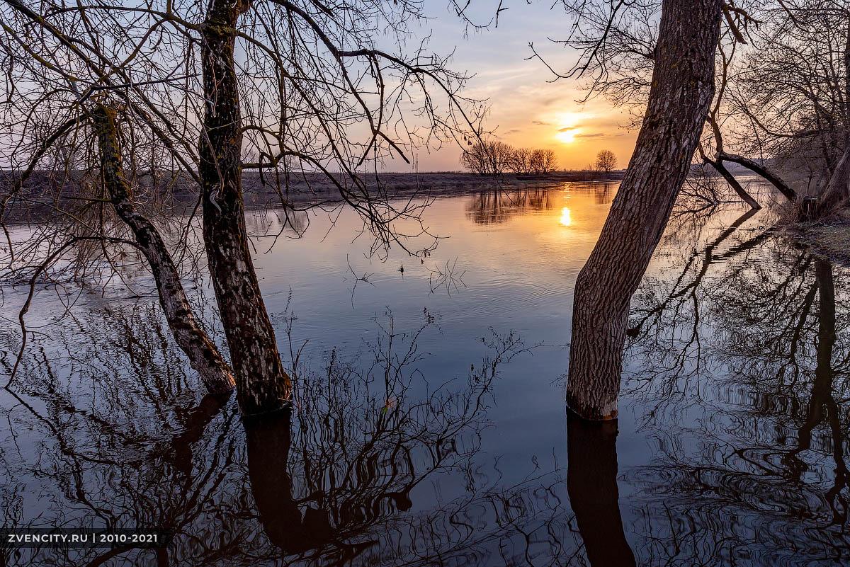 Весна на Москве-реке