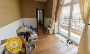 3к квартира, Комарова 17