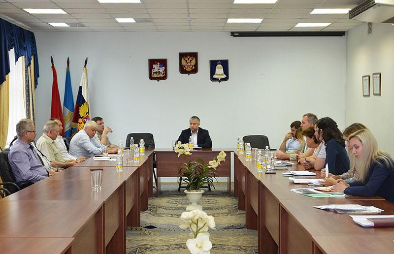 Александр Смирнов провел рабочую встречу с депутатами