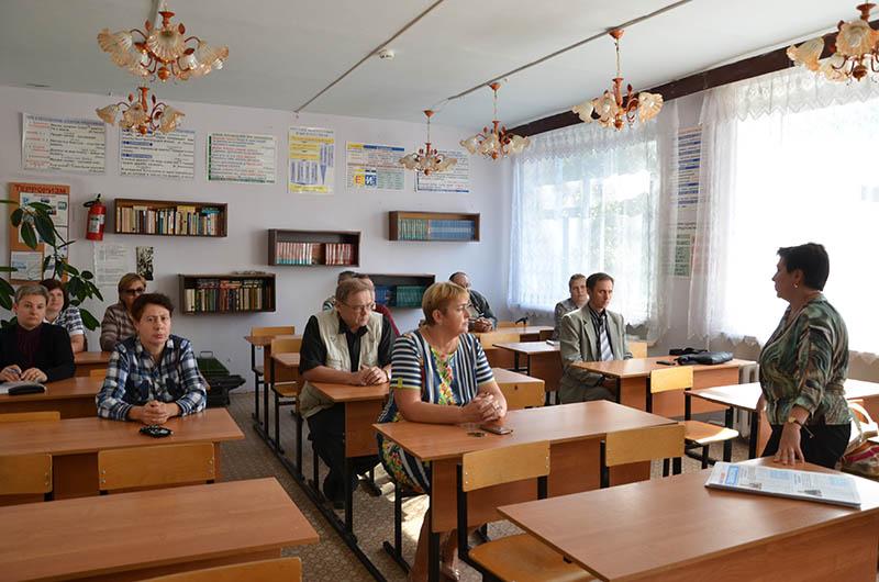Лариса Белоусова: Нам необходимо поднимать престиж рабочих профессий