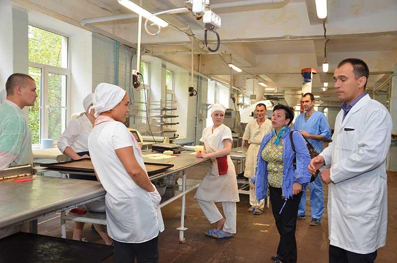 Депутаты посетили звенигородский хлебозавод
