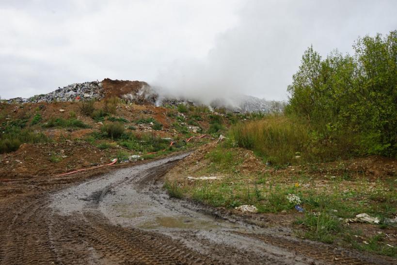 Закрытый полигон ТБО «Аннино» готовят к засыпке грунтом