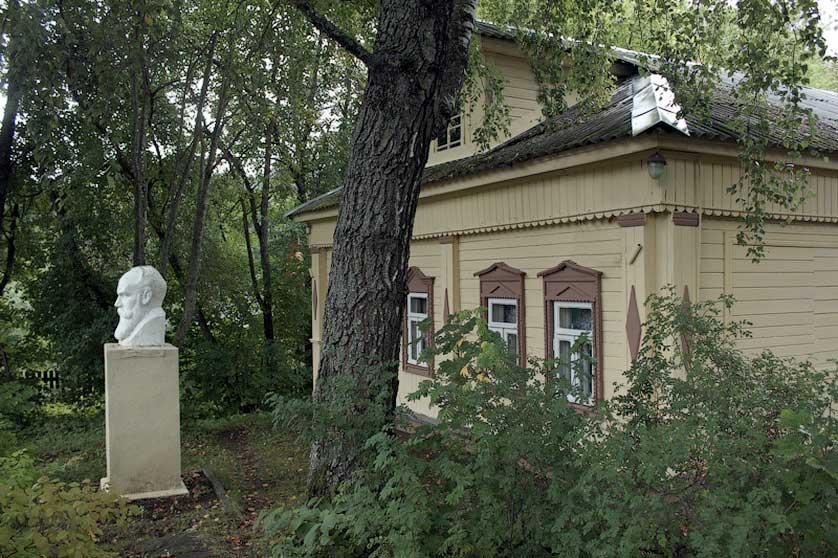 Реставрация памятника С.И. Танееву