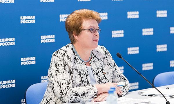 «Крепкая семья» – партийный проект «Единой России»