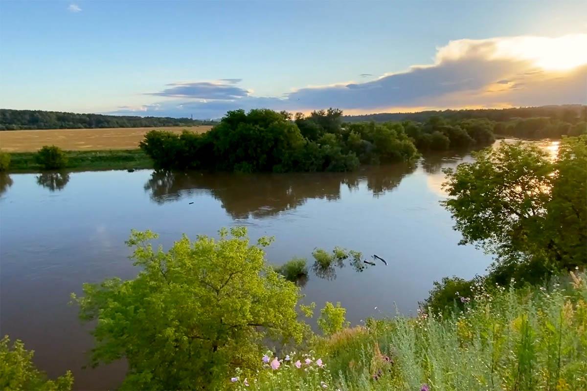 Разлив Москвы-реки под Звенигородом