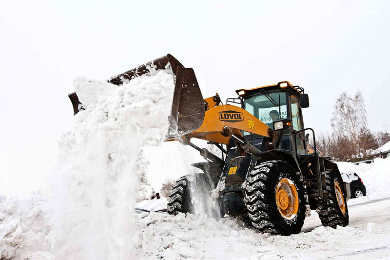 Как убирают снег в Звенигороде